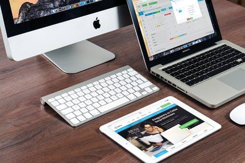 počítače, tablet, notebook